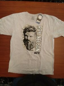 """Roy """" Big Country """" Nelson Official UFC T-shirt.  Mens Large.  New With Tags."""