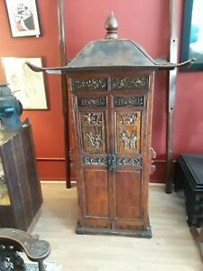 Antique Chinese Sedan Chair