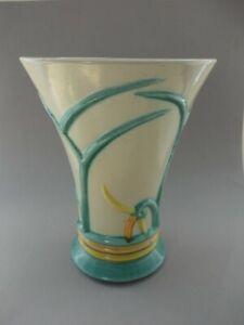 Seltene-Art-Deco-Relief-Vase-Holland-Kennemer-Potterij-Velsen