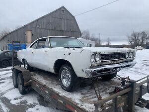 1968 Plymouth Road Runner post car