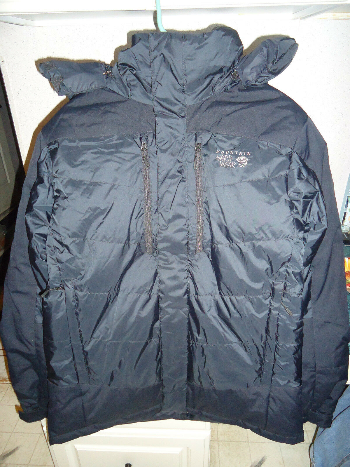 MOUNTAIN HARDWEAR GLACIER GUIDE 650 FILL DOWN  PARKA MEN'S SMALL (S) SRP  400  with 100% quality and %100 service