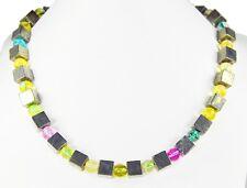 Schöne Halskette aus Pyrit in Würfelform und Bergkristall in Kugelform