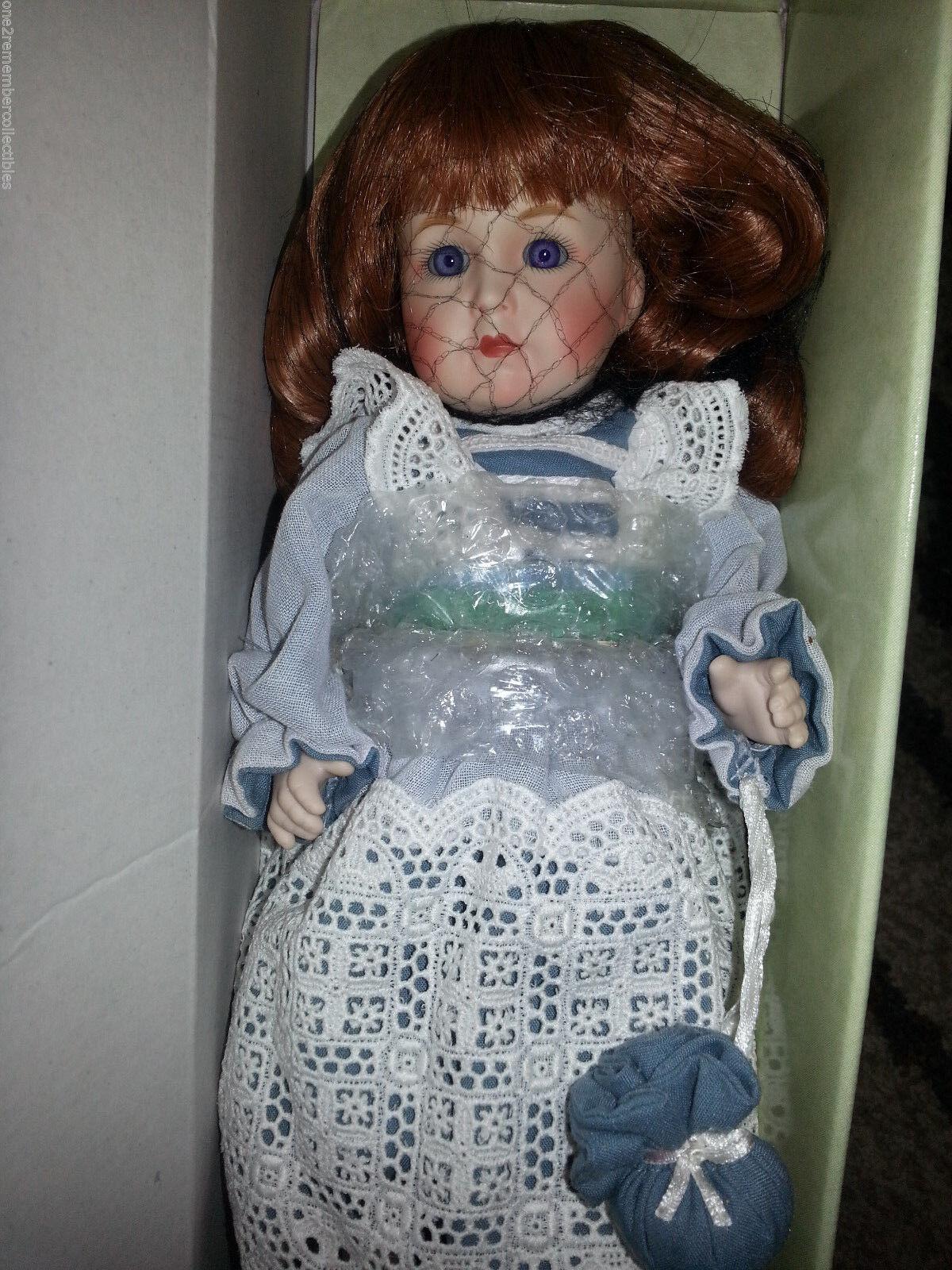 Hallmark Victoriano Recuerdos Muñeca De Porcelana 11  edición limitada alemana Alice Nuevo