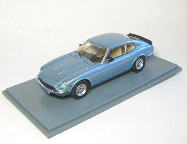 Datsun 260 Z 2  2 (bleu métallisé) 1975