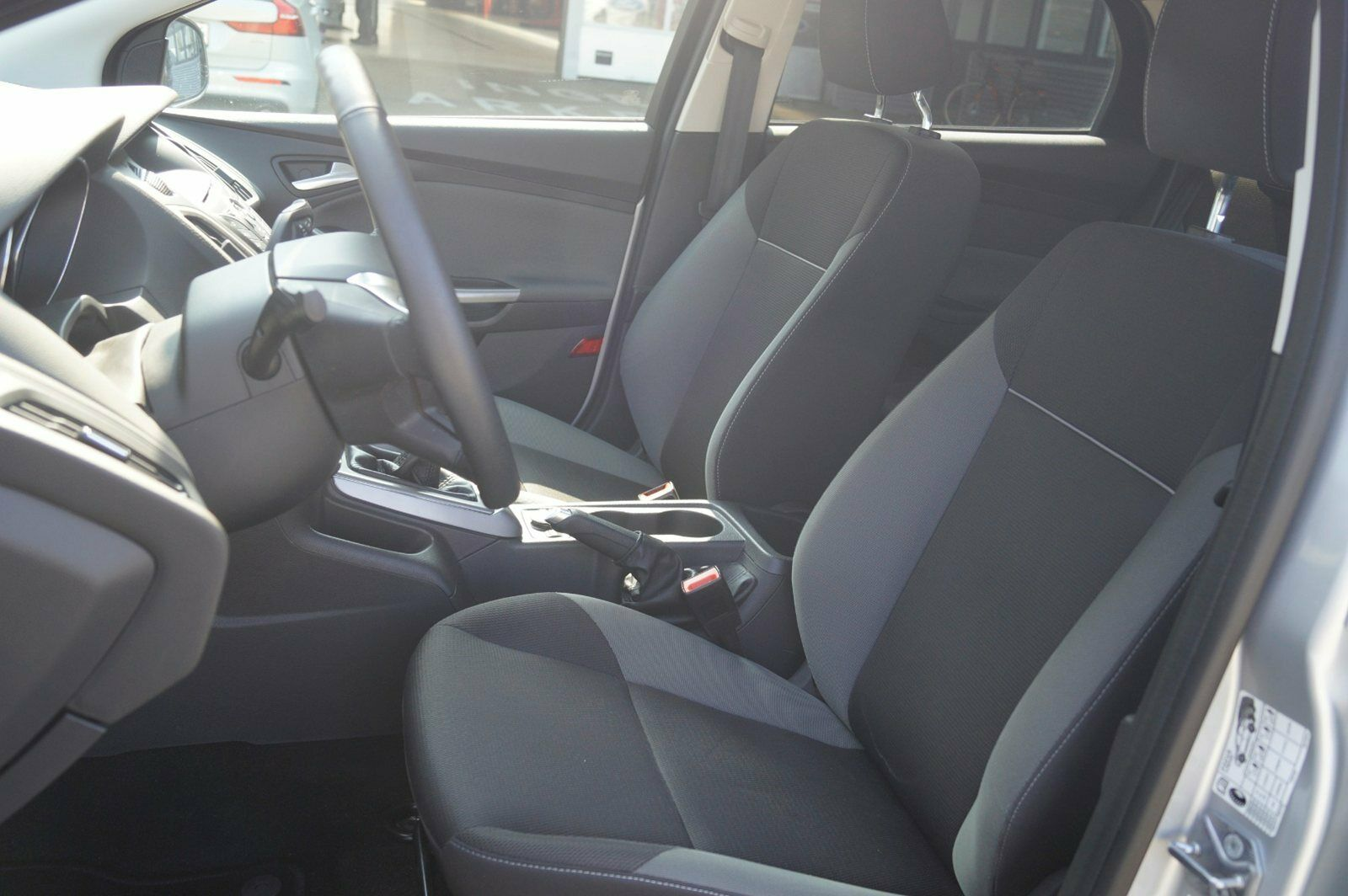 Ford Focus 1,6 Ti-VCT 105 Trend - billede 15