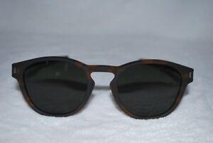 f3bfbc91843 Image is loading Oakley-Latch-Sunglasses-OO9265-02-Matte-Brown-Tortoise-