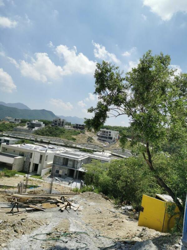 Terreno - Sierra Alta 9o Sector