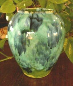 Vintage-Vase-Brush-Mccoy-Pottery-Art-Blue-Green-Glaze-Drip-Onyx-6-5-034-tall