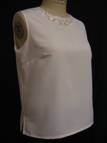 MAURADA Navy Szs 6-18 Ivory /& White Ladies Sleeveless P//O Embroidered Blouse