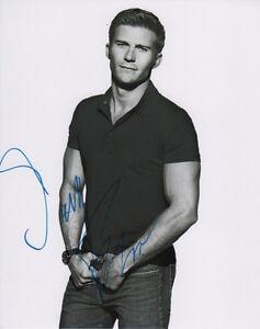 Scott-Eastwood-Autographed-Signed-8x10-Photo-COA-A9