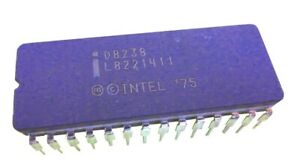 Intel-iD8238-System-Controller-and-Bus-Driver-for-8080A-CPU-28-Pin-vintage