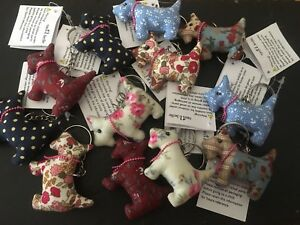 Sass-amp-and-Belle-Scottie-Dog-Puppy-Keyring-Ring-Bag-Charm-Gift-Random-Fabrics