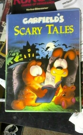 Garfield Ser Garfield S Scary Scavenger Hunt By Jim Davis 1990 Trade Paperback For Sale Online Ebay