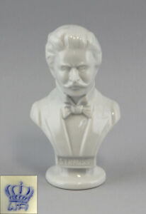 9942232-Porcelain-Bust-Strauss-White-wagner-amp-apel-H15cm