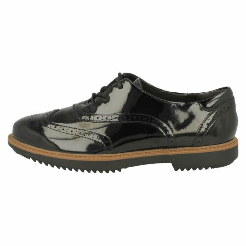 Clarks Ladies Brogue Shoes /'Raisie Hilde/'