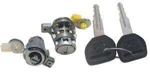 98-02 Toyota Corolla L /& R Well Auto Door Lock Cylinder Set w//Key