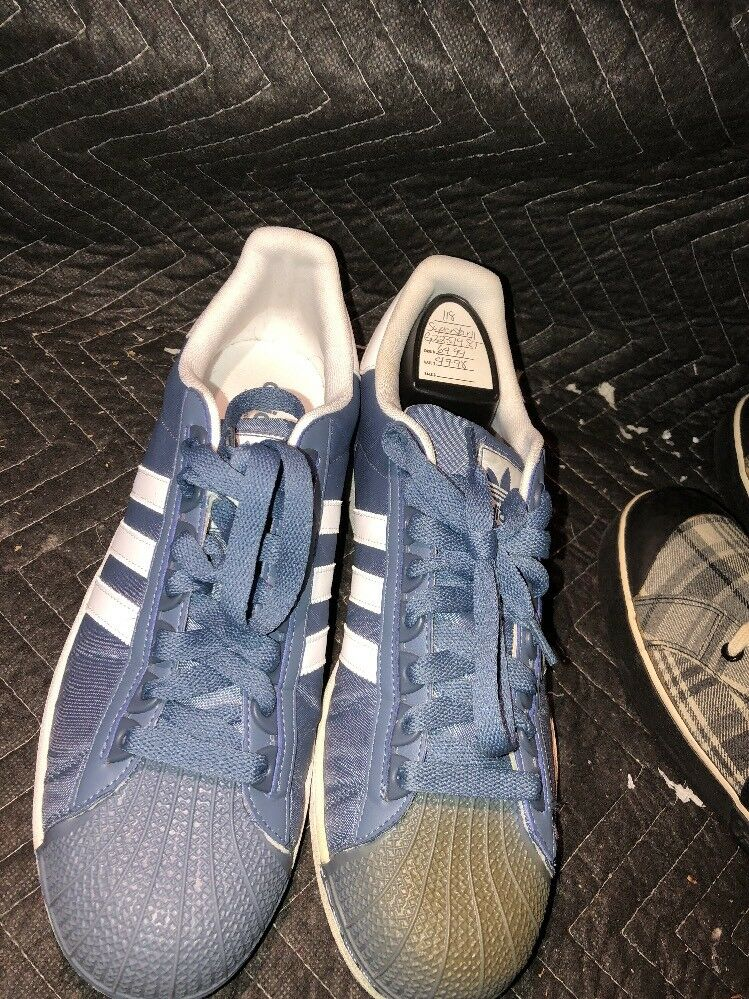 SUPERSTAR II AND GHIL . NAVY BLUE AND II WHITE. MEN sz 13. g22379 e7f0bc