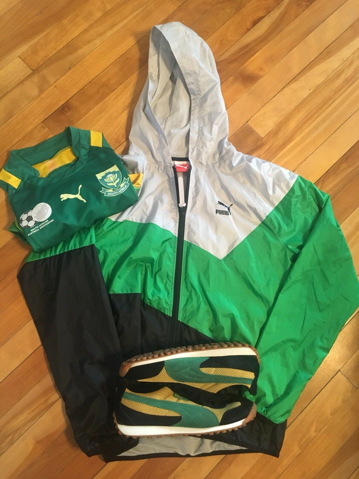 b3016cc12926 Puma Windbreaker Medium