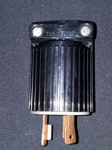 Eagle Male Turn /& Pull L5-30 30A 125V 2 Pole 3 Wire Grounding Locking Plug