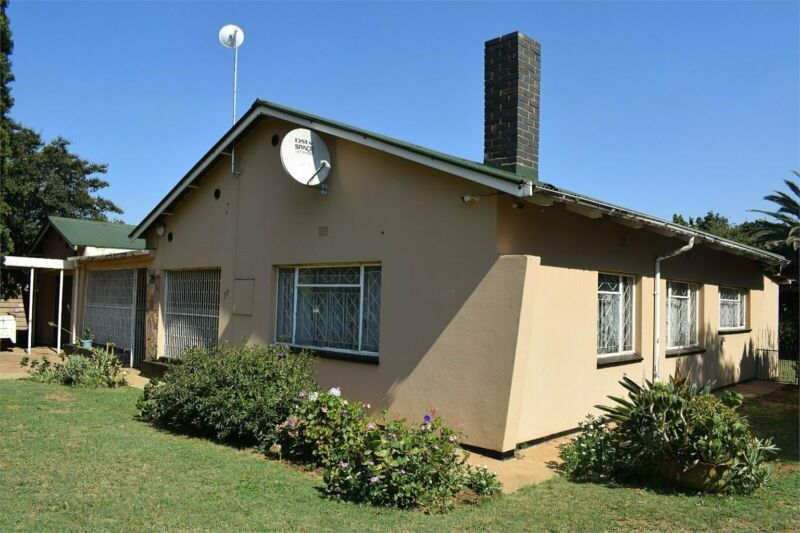 Family home at Give-away Price.