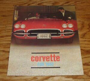 1962 Chevrolet Full Line Deluxe Sales Brochure 62 Chevy Corvair Nova Corvette