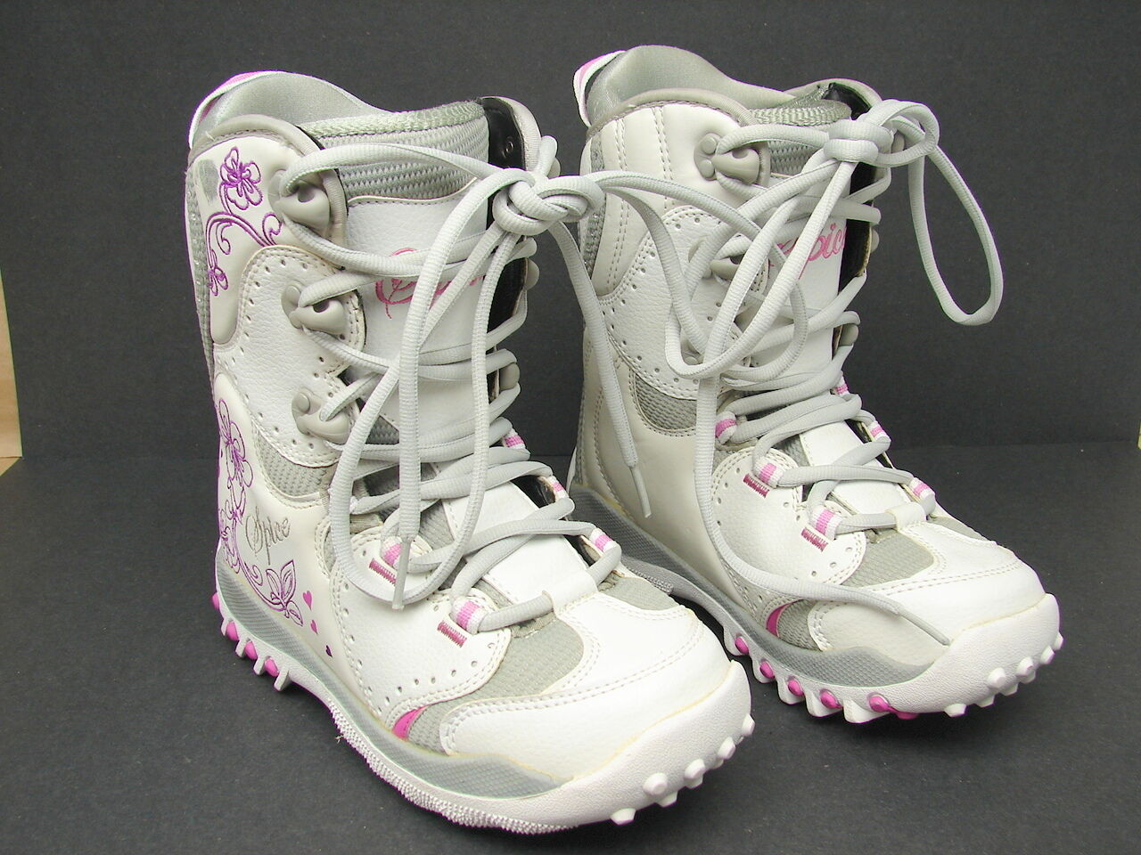 New NOS Girls Spice Snowboard Boots US 5 Mondo 23.0