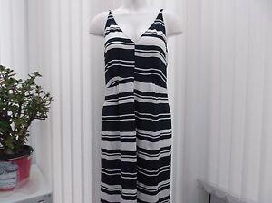 papaya-ladies-navy-and-white-striped-dress-size-16