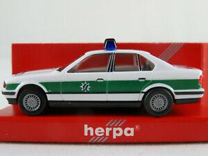 Herpa-041997-bmw-525i-Limousine-1987-1992-034-policia-Baviera-034-1-87-h0-nuevo-en-el-embalaje