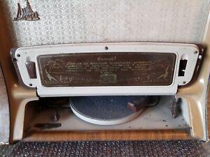 Soviet-Vintage-radiola-034-Aurora-034-USSR-Rare-old-Radio-Technic-radiogram