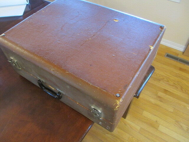 Suitcase style case for Hohner Vintage Accordion no brand braun lined