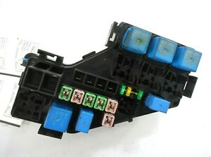 07-Hyundai-Veracruz-Engine-Compartment-Fuse-Box-OEM