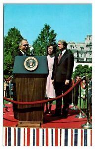 1977-President-Jimmy-Carter-King-Hussein-of-Jordan-Postcard