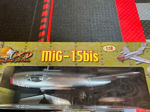 Ultimate-Soldier-XD-Xtreme-Detail-Korea-MiG-15Bis-1-18-scale-New-in-Box