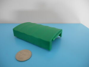 B33-Dinky-Toys-Accessoire-Bache-verte-resine-CAMION-BERLIET-GAK-BACHE-ref-584