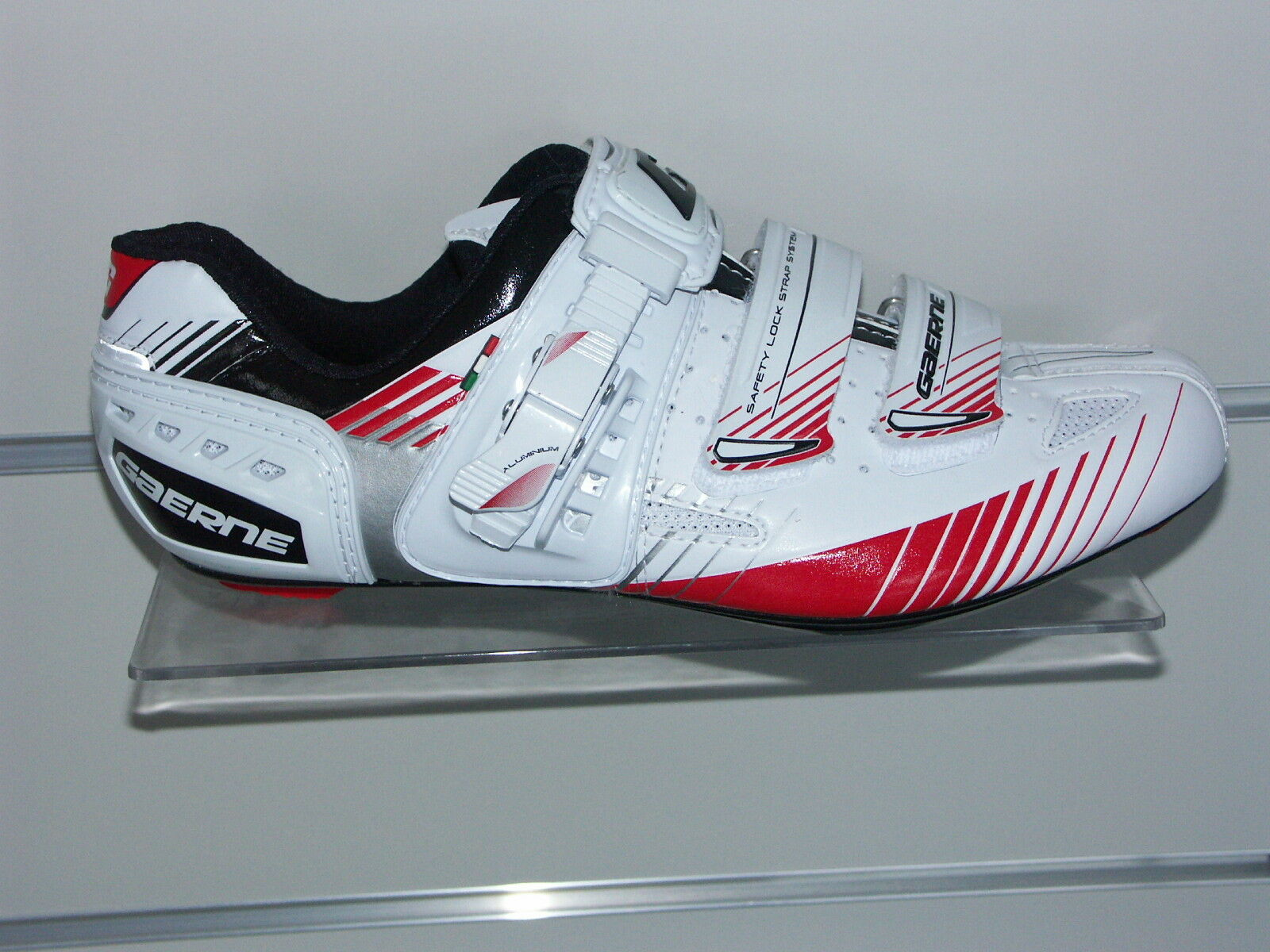 shoes DE CYCLISME ROUTE GAERNE G-MOTION RED POINTURE 44 ABSOLUMENT NEUVES