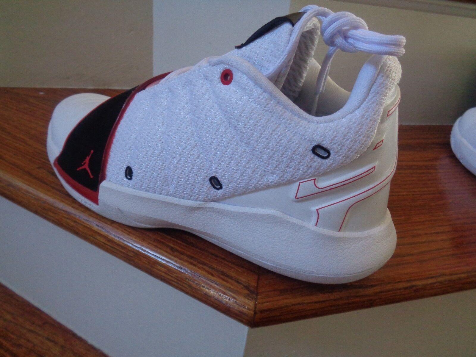 Nike Air Jordan  CP3 XI Men's Basketball shoes, AA1272 101 Size 11.5 NEW