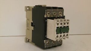 SPRECHER SCHUH CONTACTOR CA3-37-N-11 110V50//120V 60HZ 63 Amp W// Aux Contact