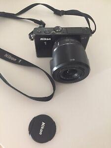 Nikon 1 J4 with Nikkor 10-30mm