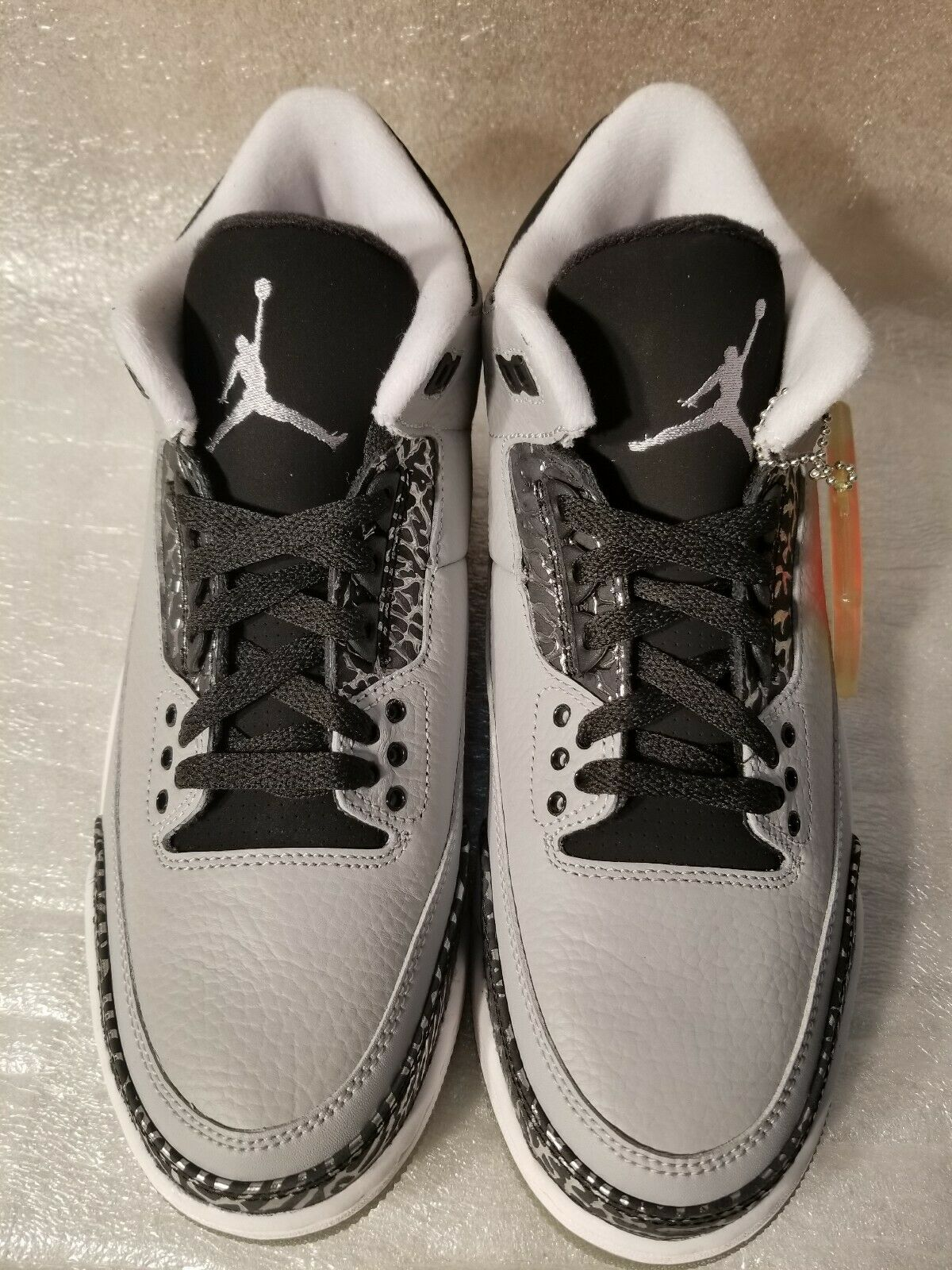 Mens Nike Air Jordan 3 Retro Size 10 136064-004 Wolf Grey Silver Black White