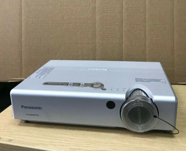 De Goedkoopste Prijs Panasonic Pt-lb30ntea Projector (1015 Hrs Used Bulb)