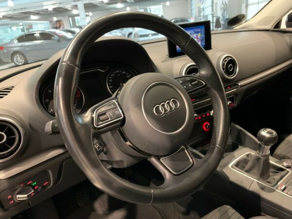 Audi A3 2,0 TDi 150 Ambition Sportback billede 10