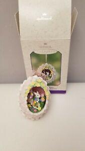 2002-Bunny-Business-Hallmark-Keepsake-Ornament-Egg-Bunny-Rabbit-Easter