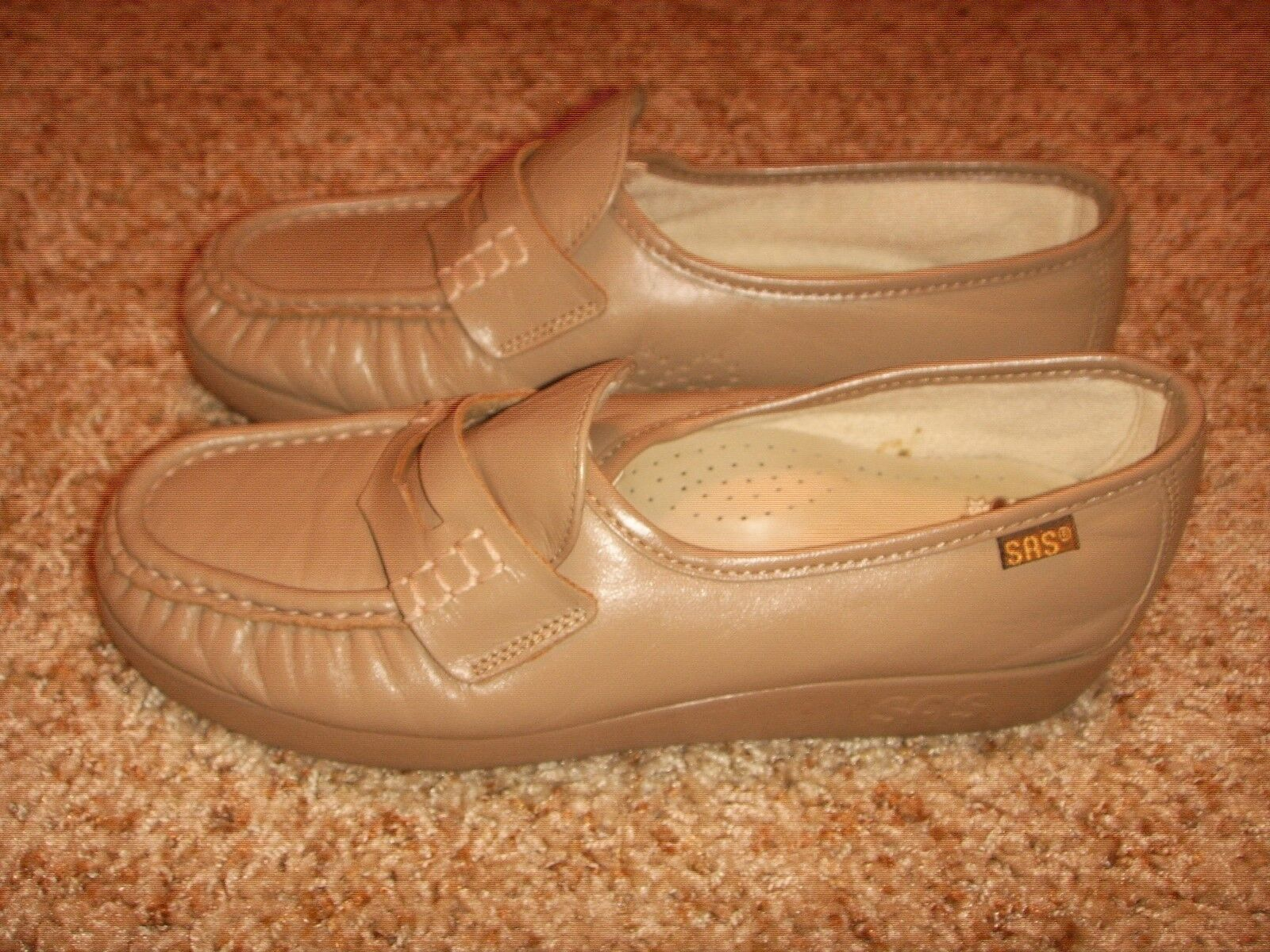 SAS Mocha Leather Wedge Heel Moc Penny Loafer Womens Size 5.5W