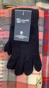 100% Lambswool Gloves | Johnstons of Elgin | Made in Scotland | Navy | Warm