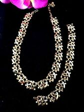 1953 CROWN TRIFARI GOLD CRYSTAL RHINESTONE LINKED HEARTS NECKLACE BRACELET SET