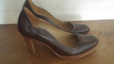 Siguiente Mujeres De Cuero Marrón Zapatos Talla 5