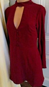 NWT-Socialite-Bell-Sleeve-Mini-dress-plunging-cut-out-70-039-s-inspired-Burgandy-M