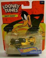 Daffy Duck Looney Tunes Character Cars Hot Wheels Diecast 2016