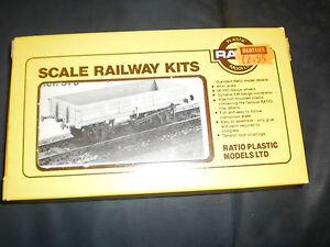 RATIO PLASTIC MODELS OO 3 PLANK OPEN COACH TRAIN CAR #573
