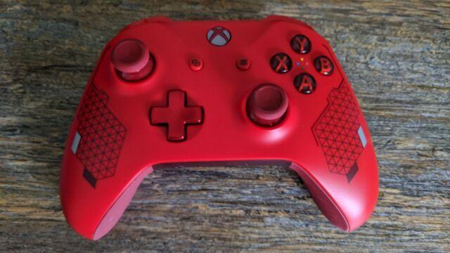 Microsoft Xbox OneController sport red Bluetooth Authentic Original